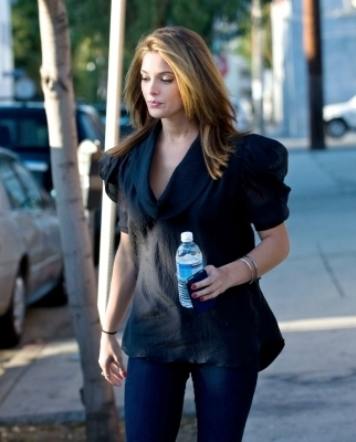 Ashley out in LA (more pics)