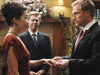 Cristina & Owen Wedding (S7 Premiere)