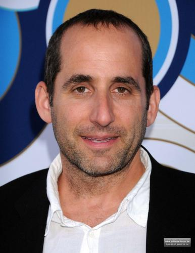 Peter Jacobson wallpaper containing a portrait entitled Fox's Fall Eco-Casino Party 2010 [September 13, 2010]