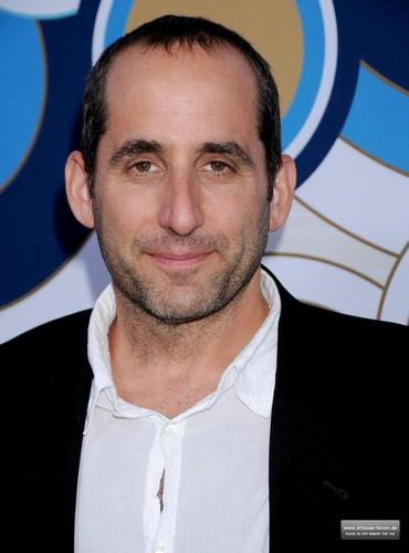 Peter Jacobson wallpaper with a portrait called Fox's Fall Eco-Casino Party 2010 [September 13, 2010]