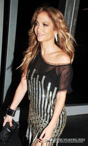 Jennifer Arriving at Tommy Hilfiger Fashion ipakita