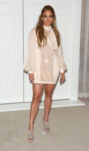 Jennifer Fashion's Night Out