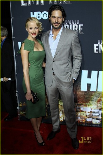 True Blood fond d'écran with a business suit, a suit, and a three piece suit called Joe Manganiello & GF Audra Marie @ Nintendo DSi Studio & G-Star fashion montrer