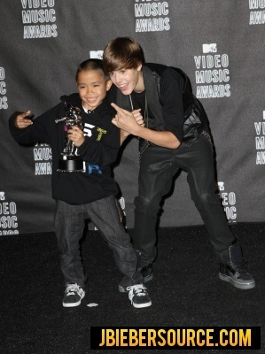 Justin in the VMA 2010 press room