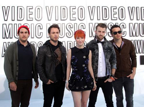 Paramore at the MTV Video Music Awards 2010