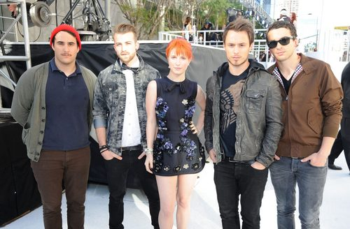 Paramore at the VMA White Carpet