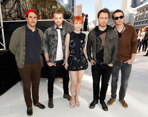 Paramore at the VMA White Carpet