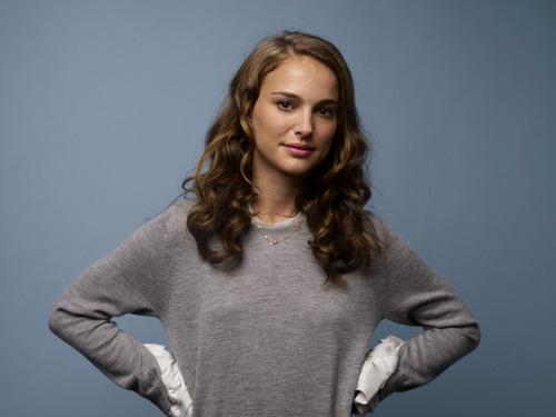 Natalie Portman wallpaper containing a pullover and a cardigan called Posing for portraits during the 2010 TIFF in Guess Portrait Studio at Regency Hotel
