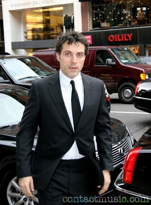 RUFUS, PERFECT KNIGHT - Rufus Sewell 500x678