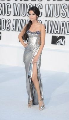 Selena at the VMAs