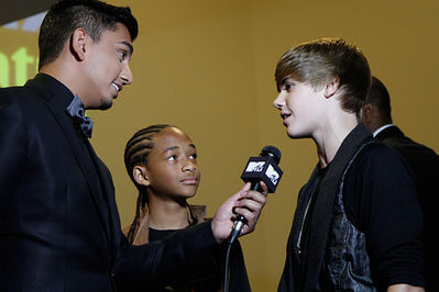 September 11th - 2010 MTV Video موسیقی Awards - Backstage
