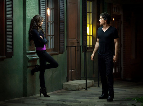 TVD 2X04 Damon & Katherine