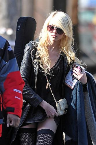 Taylor Momsen Looks