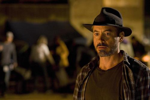 Robert Downey Jr karatasi la kupamba ukuta containing a fedora called The Soloist