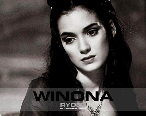 Winona Ryder wallpaper with a portrait entitled Winona Ryder