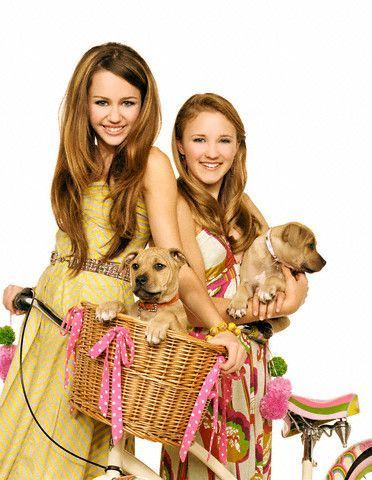 hannah montana wallpapers by susey - Miley Cyrus and Emily 372x480