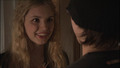 1x04 - sid-and-cassie screencap