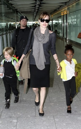 Angelina @ Heathrow Airport