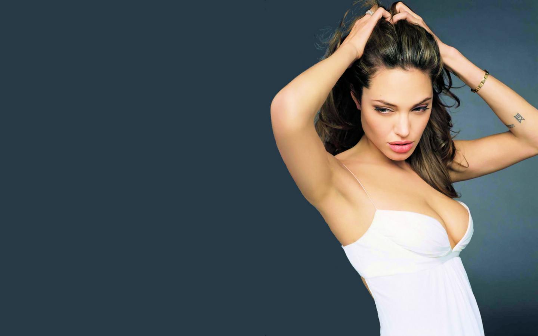 Angelina jolie nackt wallpaper foto 63