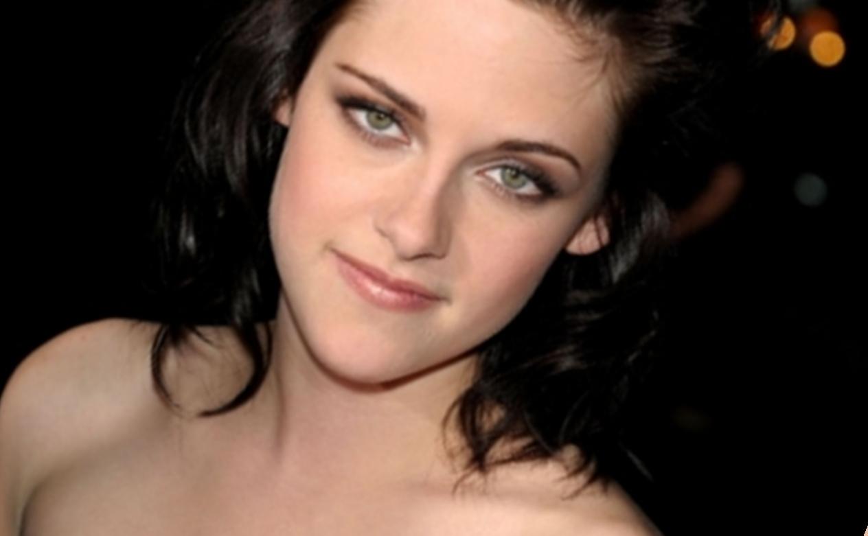 Close up - Kristen Stewart