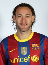 FC Barcelona پیپر وال containing a jersey entitled Gabriel Alejandro Milito