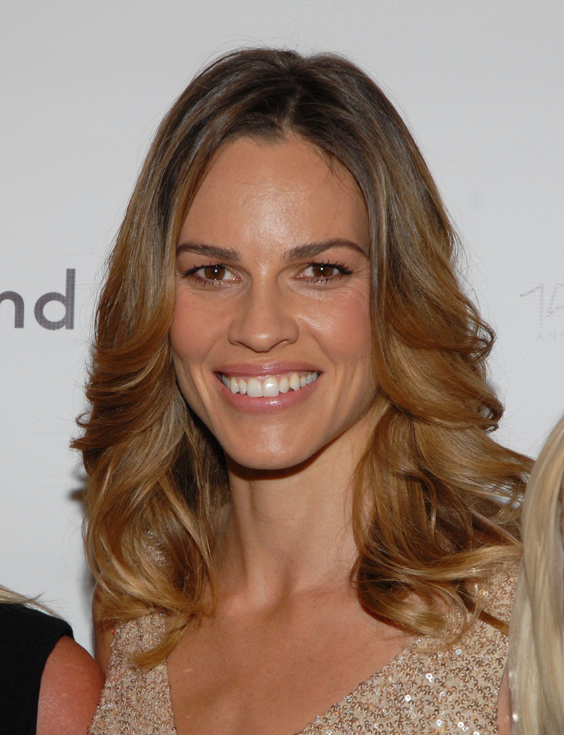 Hilary @ Mercedes-Benz Fashion Week Spring 2011 - Hilary Swank ...