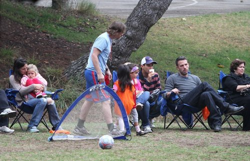 Jen and Ben take ungu and Seraphina to play soccer!