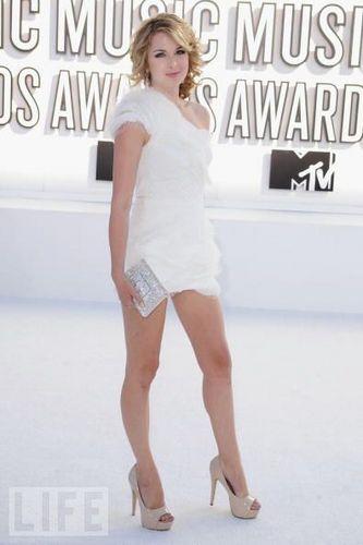 Kirsten At 2010 VMA's
