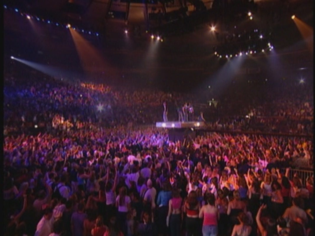 Nsync This I Promise You In Concert At Msg Nsync Image 15667256 Fanpop