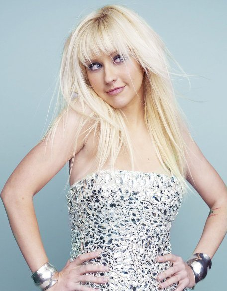 http://images4.fanpop.com/image/photos/15600000/New-outake-from-Marie-clair-photoshoot-christina-aguilera-15634612-456-586.jpg