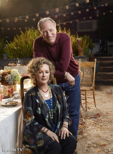 Parenthood (2010) wolpeyper possibly with a chuck wagon entitled Season 2 Promo - Cast