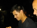 Taylor with Fans - twilight-series photo