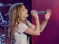 avril sing - singing photo