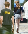 the same t-shirts! - robert-pattinson-and-kristen-stewart photo