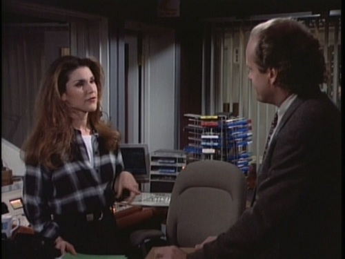 1x17 A Midwinter Night&#39;s Dream - frasier Screencap