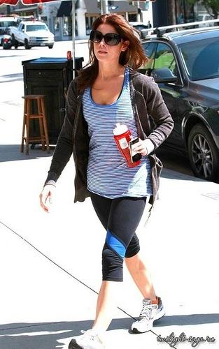 Ashley Greene Arriving At Gym In Studio City