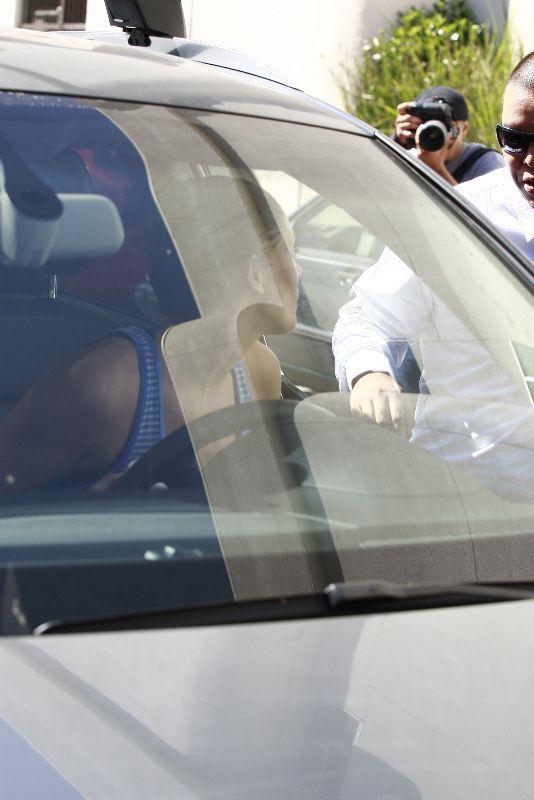 Ashley leaving gym in Studio City (September 23rd 2010)