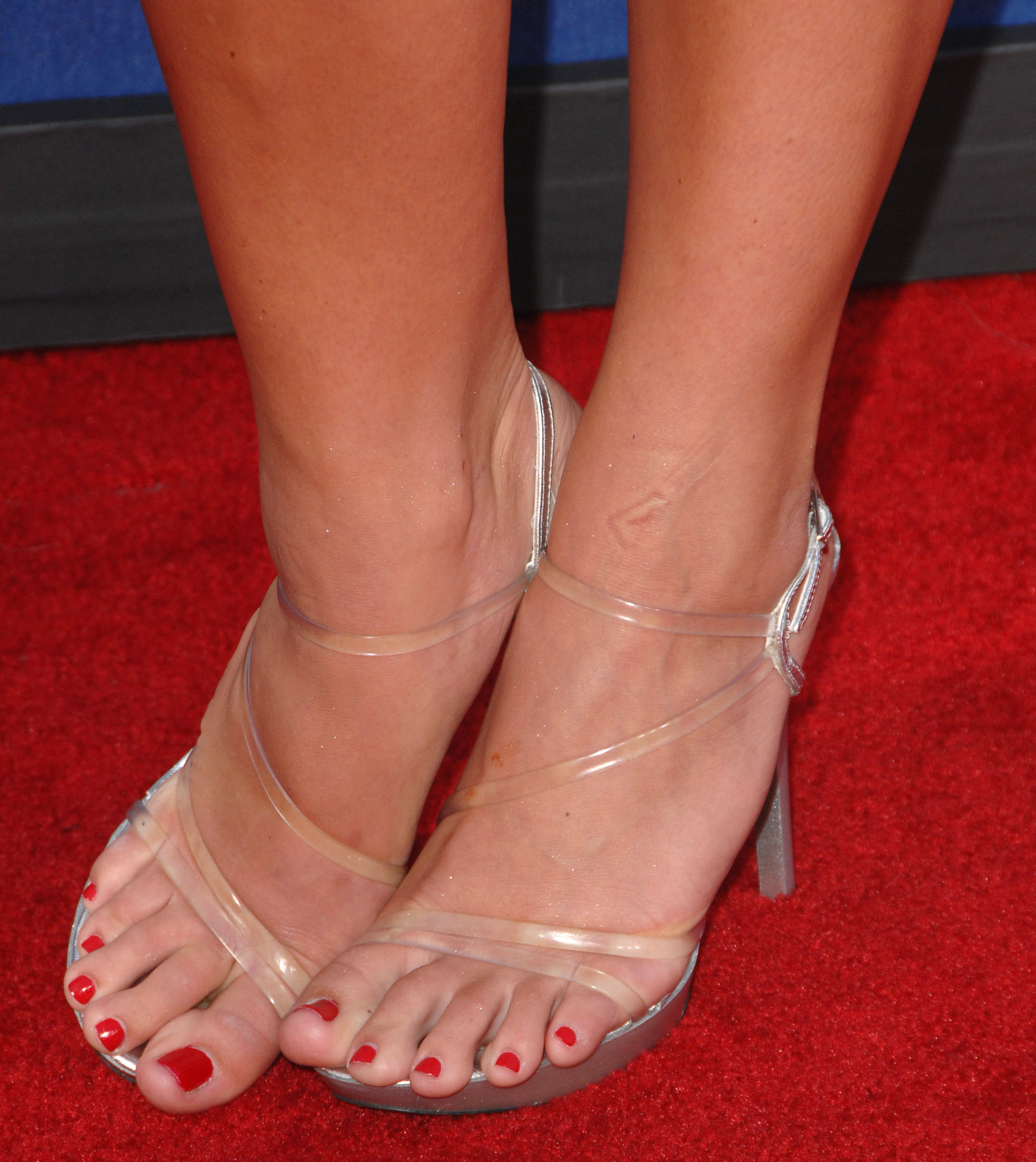 Brooke hogan feet