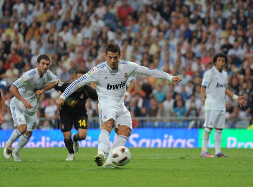 C. Ronaldo (Real Madrid - Espanyol)