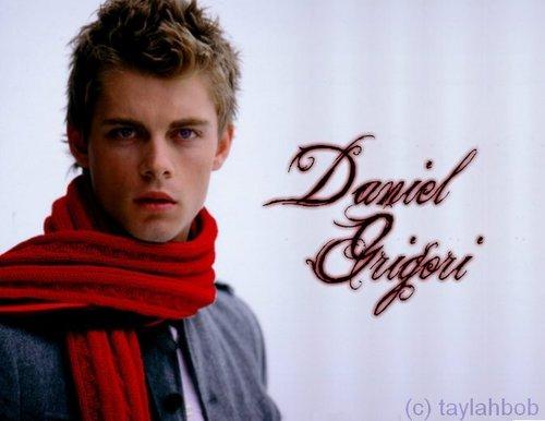 Daniel<3