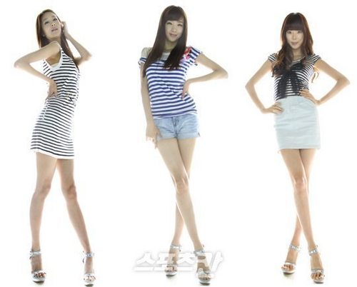 Nine Muses fondo de pantalla possibly with a leotard, tights, and a playsuit, traje de juguete titled Minha, Rana & Bini