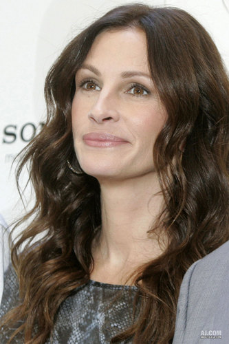 "Julia @ ""Eat, Pray, Love"" Rome Photocall"