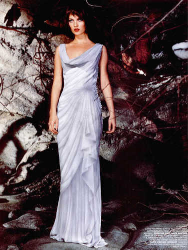 Kate Moss wallpaper possibly containing a dinner dress and a gown entitled Kate Moss