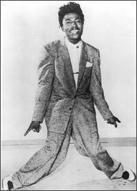 Rock'n'Roll Remembered karatasi la kupamba ukuta with a business suit, a suit, and a well dressed person titled Little Richard