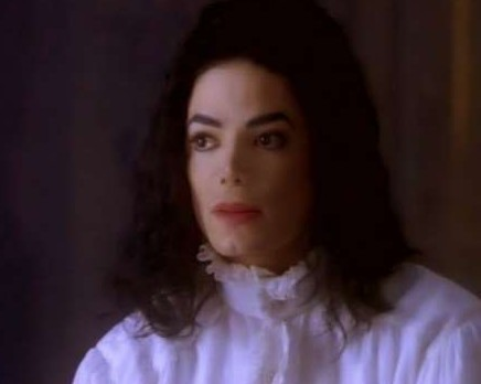Michael Jackson's Ghosts fondo de pantalla probably with a portrait titled Michael♥