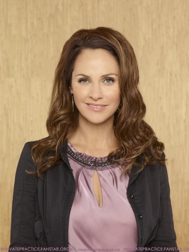 Season 4- Cast Promotional 写真