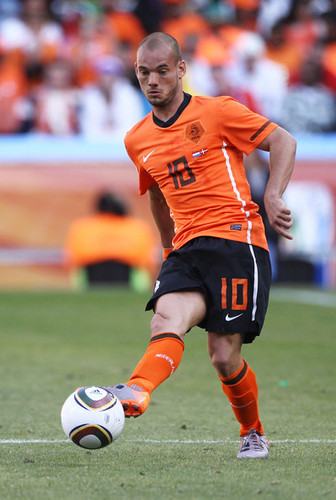 Sneijder playing for the Netherlands