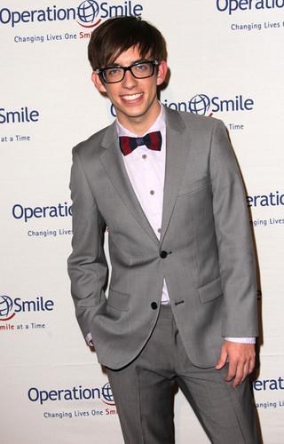 The Cast @ the 9th Annual Operation Smile Gala- Arrivals