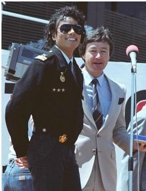 michael jackson loves niks95 rare !!! <3