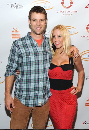 Jesse Spencer fond d'écran called 2nd Annual 'Get Lucky For Lupus!' Benefit [September 22, 2010]